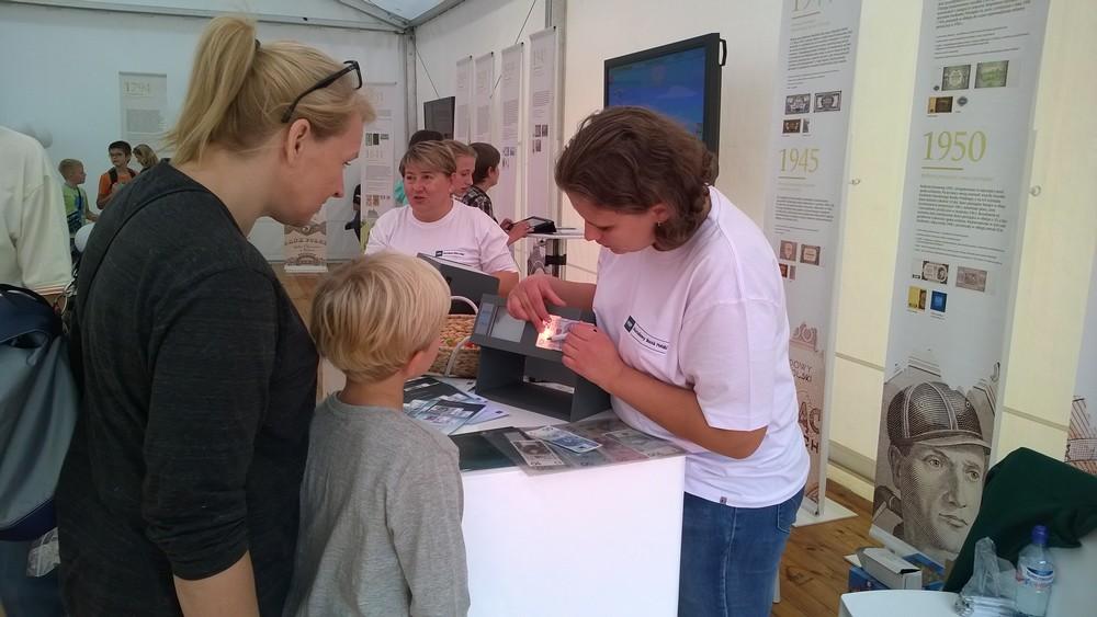NBP na XX Festiwalu Nauki w Jabłonnie
